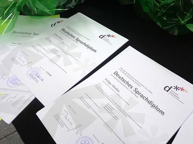 diplomas_1